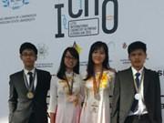 Quatre élèves vietnamiens primés aux Olympiques internationales de chimie 2015