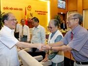 Nguyen Sinh Hung rencontre des députés de la province d'An Giang