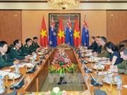 Défense: Vietnam et Nouvelle-Zélande promeuvent leur coopération