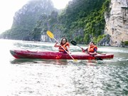 La baie de Ha Long en kayak