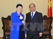 Le vice-PM Nguyen Xuan Phuc reçoit une sous-secrétaire d'Etat britannique