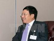 Pham Binh Minh rencontre le Secrétaire général de la Cour permanente d'arbitrage