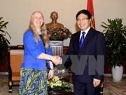 Le vice-PM Pham Binh Minh reçoit une hôte néo-zélandaise