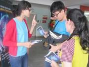 Les jeunes vietnamiens transmettent des messages à la COP21