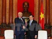 Le président Truong Tan Sang reçoit le gouverneur de Saint-Pétersbourg