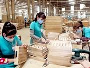 Hausse des exportations vietnamiennes de bois en 2015