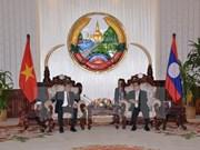 Le ministre vietnamien de la Justice reçu par le PM laotien