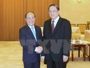 Entrevue entre Nguyen Sinh Hung et Yu Zhengsheng