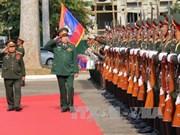 Défense : nouvel accord de coopération Vietnam-Laos pour 2016