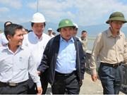 Le vice-PM Nguyên Xuân Phuc inspecte les dispositifs anti-sécheresse à Ninh Thuân