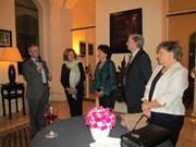 Visite d'une délégation du groupe d'amitié France - Vietnam du Sénat français