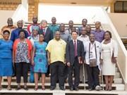 Les responsables du parti mozambicain Frelimo étudient des expériences du Vietnam