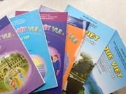 Deux manuels de vietnamien pour les Viêt kiêu