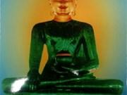 Quang Binh reçoit la statue du Bouddha de Jade pour la paix universelle