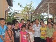 Des cours d'anglais gratuits au «Royaume des cocotiers»