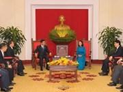 Vietnam-Laos : les jeunes œuvrent au développement des relations spéciales