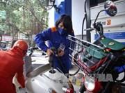 Le litre d'essence en hausse de plus de 500 dongs