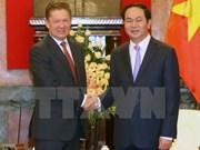 Le président et le PM reçoivent le chef du groupe russe Gazprom
