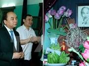 Le PM Nguyen Xuan Phuc rend hommage au Président Ho Chi Minh