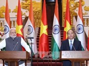 Le Premier ministre indien en visite officielle au Vietnam