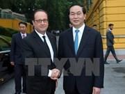 Le président français François Hollande en visite au Vietnam