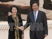 La présidente de l'AN du Vietnam rencontre le Premier ministre cambodgien