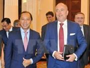 La Hongrie s'engage à ratifier rapidement l'Accord de libre-échange Vietnam-UE