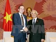 Renforcement des échanges parlementaires Vietnam-Roumanie