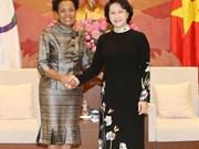 La présidente de l'AN Nguyên Thi Kim Ngân reçoit la secrétaire générale de l'OIF