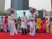 Le 6e Festival de la culture vietnamienne et la Journée vietnamienne du travail en R. de Corée