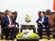 Le Royaume-Uni invité à participer au processus de restructuration économique du Vietnam