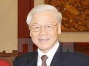 Le secrétaire général du PCV Nguyen Phu Trong part pour le Laos