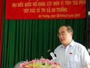 Le Président du FPV rencontre l'électorat à Trà Vinh