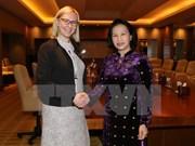 La présidente de l'AN vietnamienne rencontre ses homologues finlandaise et émiratie