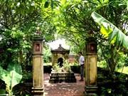 Le village de Quât Dông et l'histoire du métier de broderie