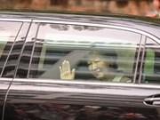 L'Empereur du Japon Akihito et son épouse Michiko sont accueillis à Hanoi