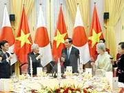 La visite au Vietnam de l'Empereur du Japon couverte par la presse japonaise
