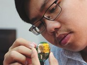 Cù Gia Huy, créateur d'un électrocardiogramme vietnamien