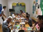 Hanoï : quand les personnes âgées apprennent la peinture