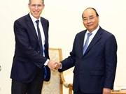 Le Premier ministre rencontre des chefs de groupes français et australien