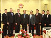 Le Vietnam et la France travaillent ensemble pour lutter contre les faux médicaments