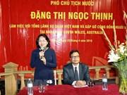 La vice-présidente Dang Thi Ngoc Thinh rencontre des Vietnamiens à Sydney