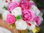 L'art de la fabrication des fleurs d'argile