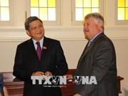 Vietnam-Canada : promotion de la coopération parlementaire