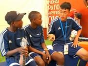 Coupe du monde 2018: Quatre footballeurs vietnamiens en herbe à Moscou