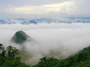 Réveiller les potentiels touristiques de Lung Van à Hoa Binh