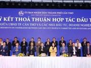 Can Tho signent des accords de coopération avec Vietnam Airlines et VietJet Air