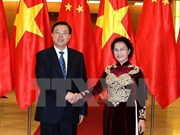 Le président du Comité permanent de l'APN chinoise en visite au Vietnam