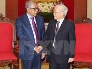 Des dirigeants vietnamiens reçoivent le président du Bangladesh