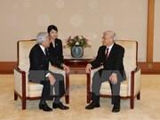 Entrevue entre le leader du PCV et l'empereur du Japon
